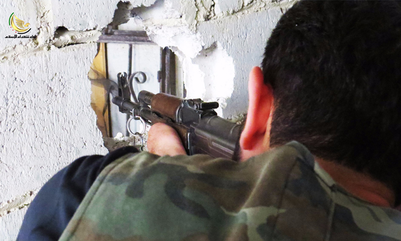 """مقاتل من """"الجيش الحر"""" في مدينة داريا - حزيران 2016 (لواء شهداء الإسلام)"""