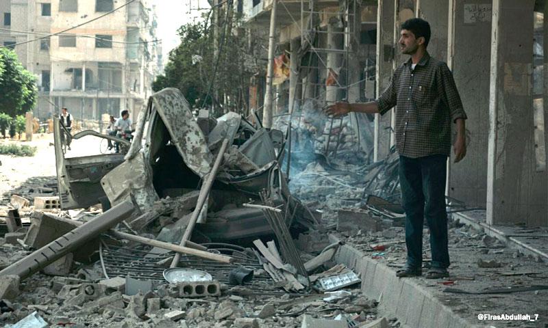آثار القصف على مدينة دوما - الاثنين 22 آب (ناشطون)