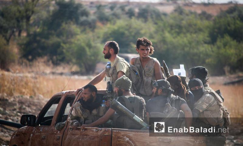 """انطلاق مقاتلي """"جيش الفتح"""" لاستعاد السيطرة على تلة أم القرع - الثلاثاء 23 آب (عنب بلدي)"""