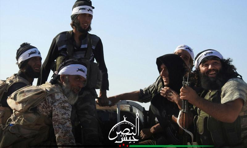 توجه المقاتلين إلى معسكر محمية الغزلان - الخميس 11 آب (جيش النصر)