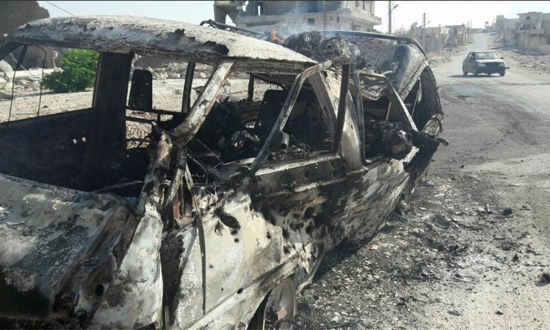 صورة السيارة المستهدفة على طريق الراموسة - الجمعة 19 آب (تويتر)