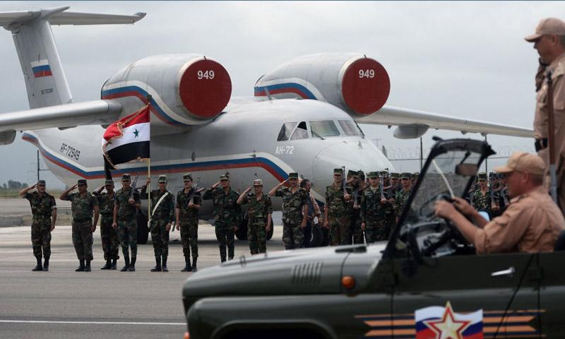 وصول وزير الدفاع الروسي إلى حميميم في 18 حزيران 2016 (وكالات)