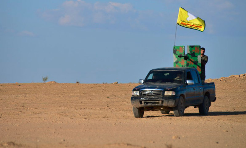 """مقاتلو قوات """"سوريا الديمقراطية"""" (إنترنت)"""