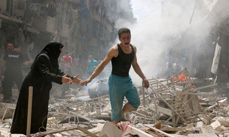 قصف على حلب المحاصرة (انترنت)