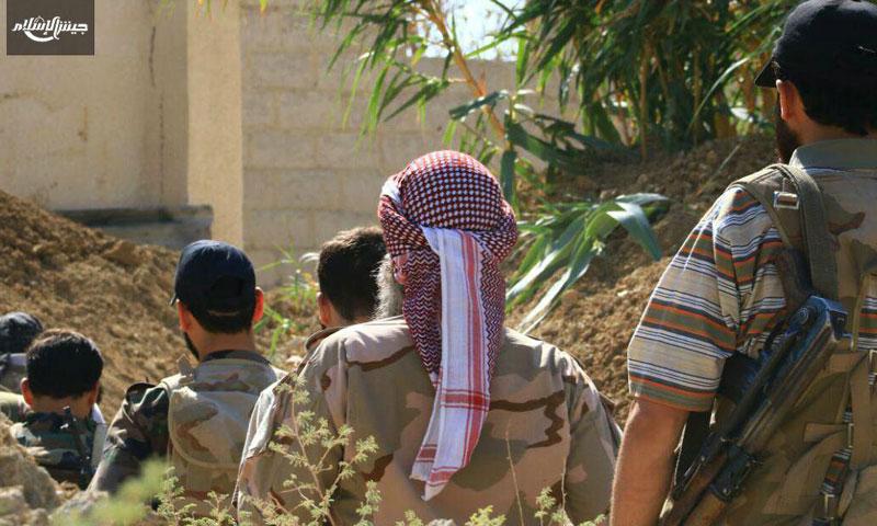 """عناصر من """"جيش الإسلام"""" على جبهة جوش الفارة في الغوطة الشرقية- 30 تموز 2016 (جيش الإسلام)"""
