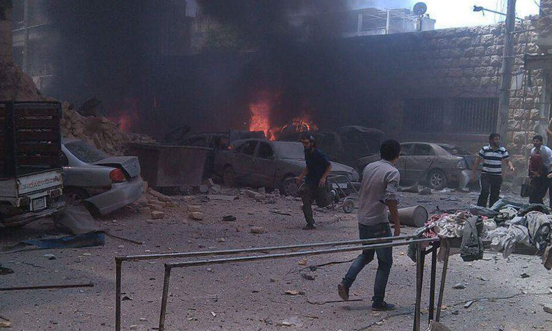 الطيران الروسي يستهدف كنيسة السيدة العذراء في مدينة إدلب- الأربعاء 10 آب (تويتر)