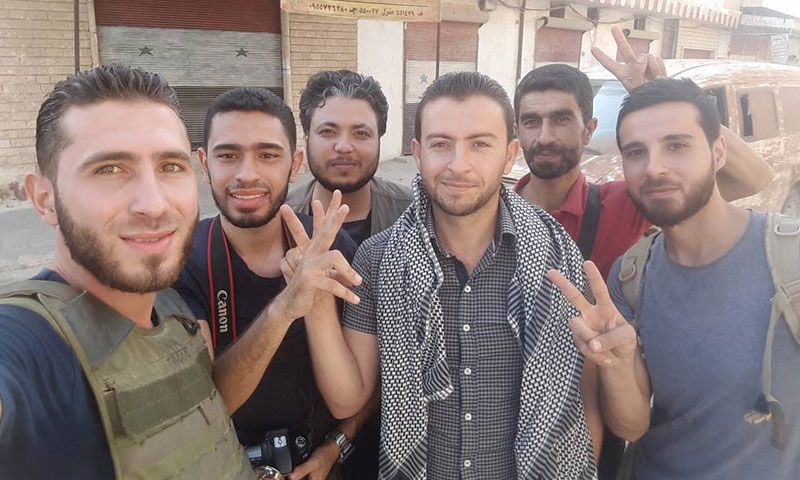 نشطاء وإعلاميين داخل مدينة طيبة الإمام- الأربعاء 31 آب (فيس بوك)