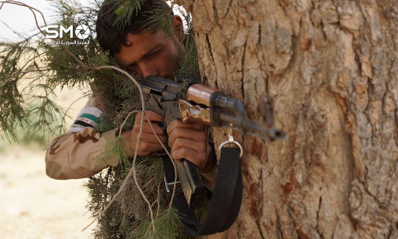 مقاتل في الجيش الحر في درعا أيار 2016 الهيئة السورية للإعلام