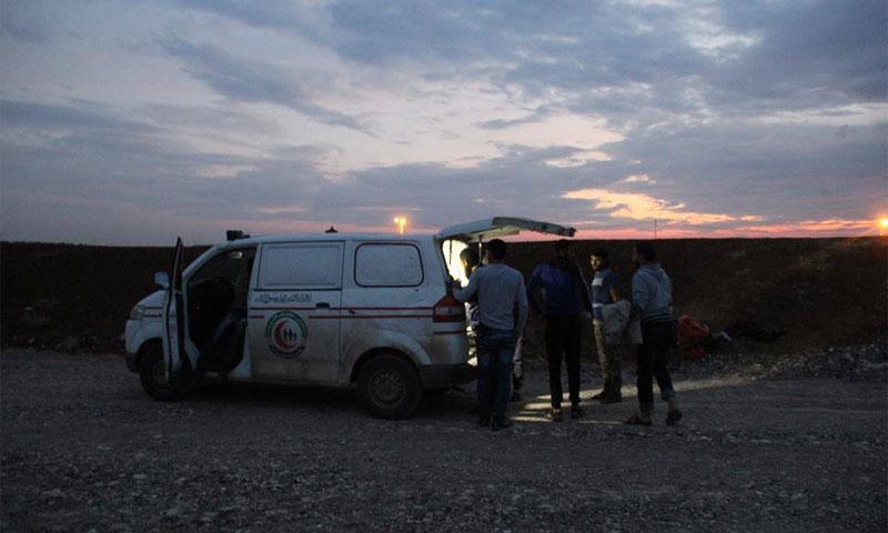 سيارة إسعاف على الحدود السورية- الأردنية تنتظر السماح لها بدخول الأردن- أيلول 2016 (ناشطون)