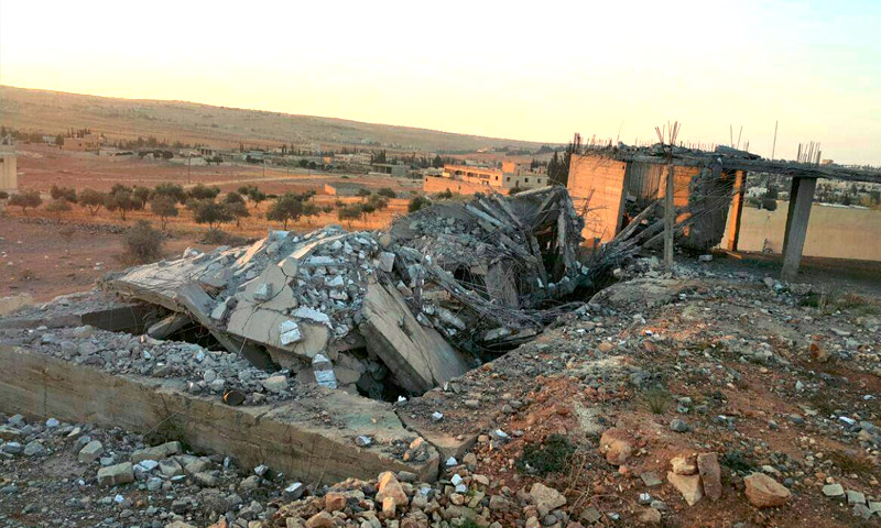 """المقر المستهدف لـ""""فيلق الشام"""" في ريف حلب الغربي - الأربعاء 14 أيلول (تويتر)"""