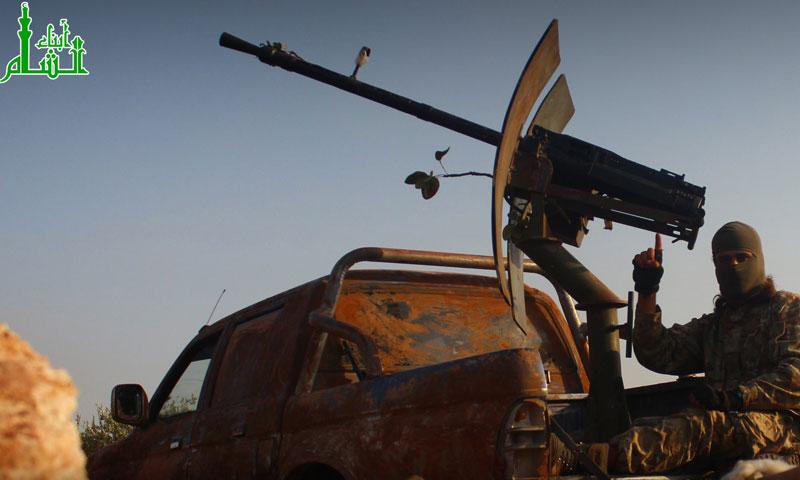 """شاحنة عسكرية تابعة لحركة """"أبناء الشام"""" في ريف حماة الشمالي- الثلاثاء 20 أيلول (تويتر)"""