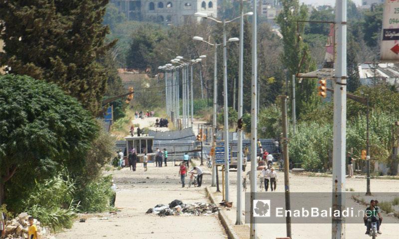 معبر دوار المهندسين في حي الوعر بحمص - الثلاثاء 6 أيلول (عنب بلدي)