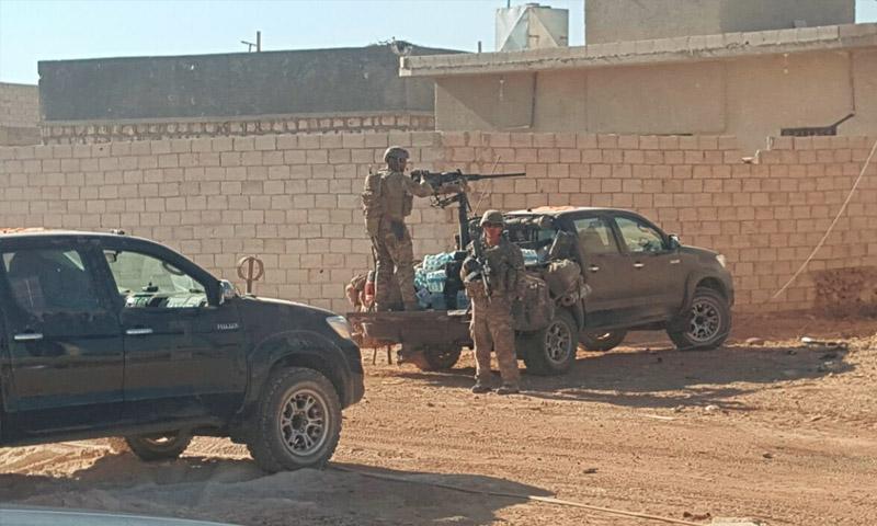 صورة تداولها ناشطون 16 أيلول، على أنها لجنود أمريكيين في بلدة الراعي شمال حلب (فيس بوك)