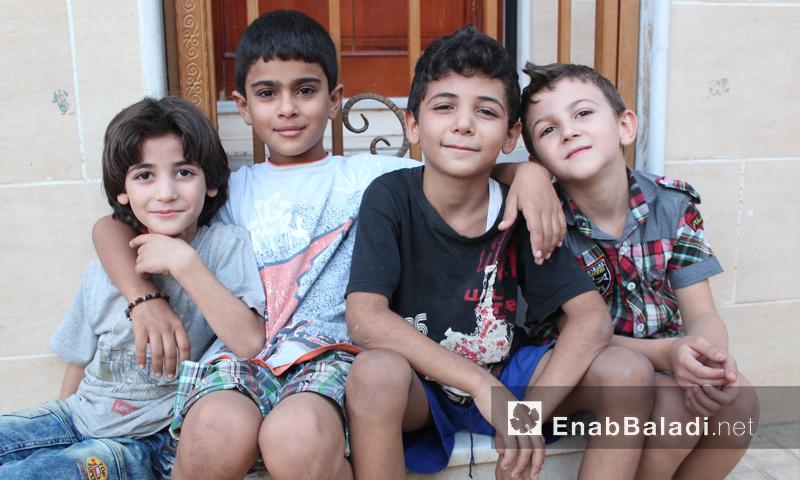 أطفال سوريون في مدينة القامشلي - 1 أيلول 2016 (عنب بلدي)