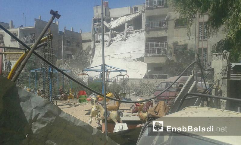 تعبيرية: آثار القصف على مدينة دوما في الغوطة الشرقية - أيلول 2016 (عنب بلدي)