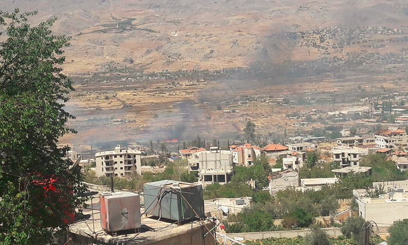 الأراضي الزراعية تشتعل في مضايا - الاثنين 5 أيلول (صفحة مضايا فيس بوك)