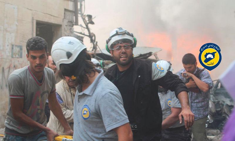 آثار القصف على سوق مدينة إدلب - السبت 11 أيلول (الدفاع المدني في إدلب)