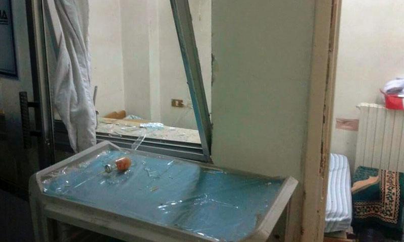 الدمار في مشفى التخصصي بإدلب - 30 آب - (فيس بوك)