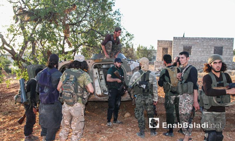 """عناصر من حركة """"أحرار الشام الإسلامية"""" في ريف إدلب (عنب بلدي)"""