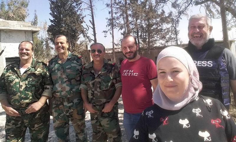 عساف عبود مع ضباط من النظام السوري في حلب- السبت 10 أيلول (فيس بوك)