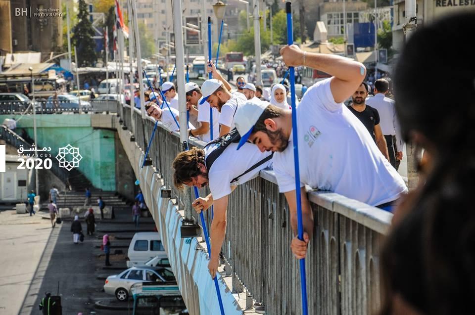 """طلاء جسر """"الرئيس"""" في دمشق- الخميس 13 تشرين الأول (فيس بوك)"""