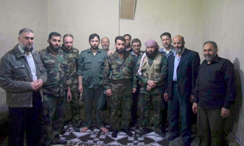 """الفعاليات المدينة وقائدا فصيلي """"جيش الإسلام"""" و """"فيلق الرحمن"""" بعد توقيع الاتفاق الثلاثاء 24 أيار"""