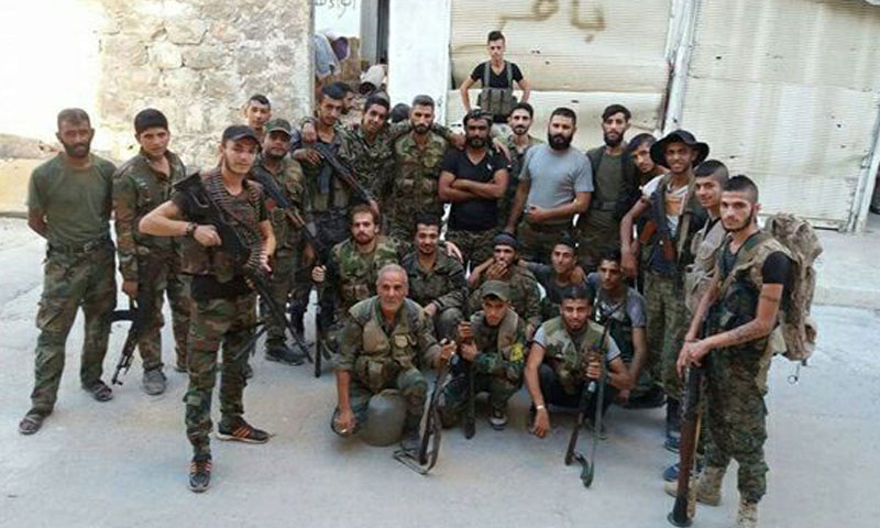 """عناصر من ميليشيا """"الباقر"""" في مدينة حلب (تويتر)"""