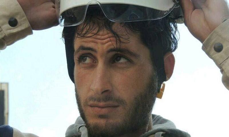 عنصر الدفاع المدني في درعا محمود علي النصيرات (فيس بوك)