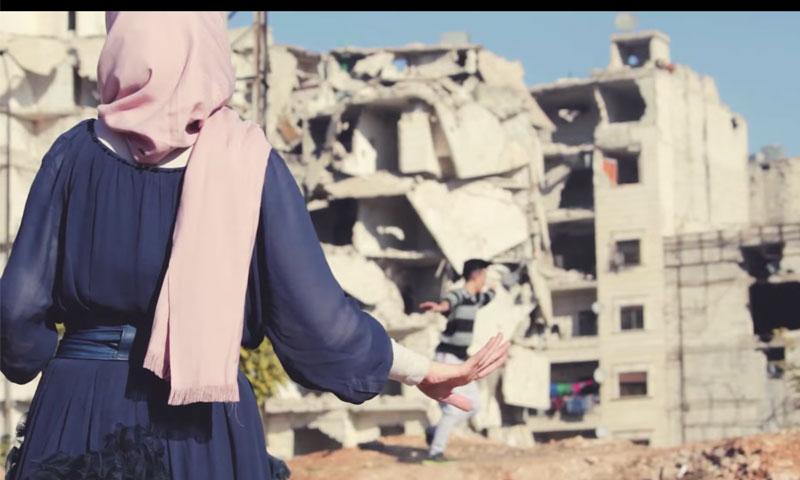 """لقطات من فيلم """"آخر قطرة جمال"""" (يوتيوب)"""