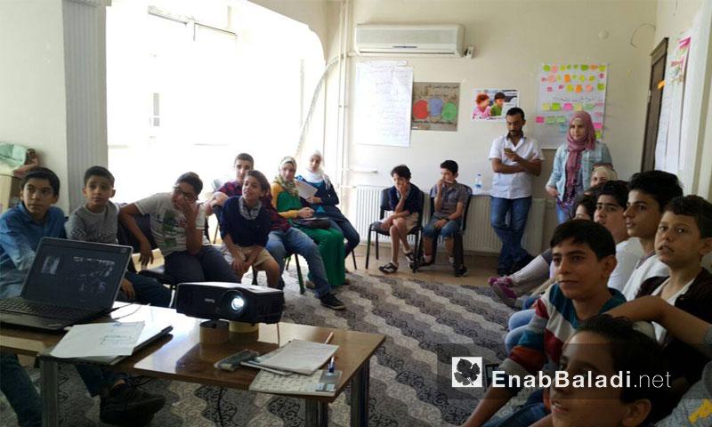 من دورة الصحفيون الصغار في مدينة أورفة التركية - 26 أيلول (عنب بلدي)