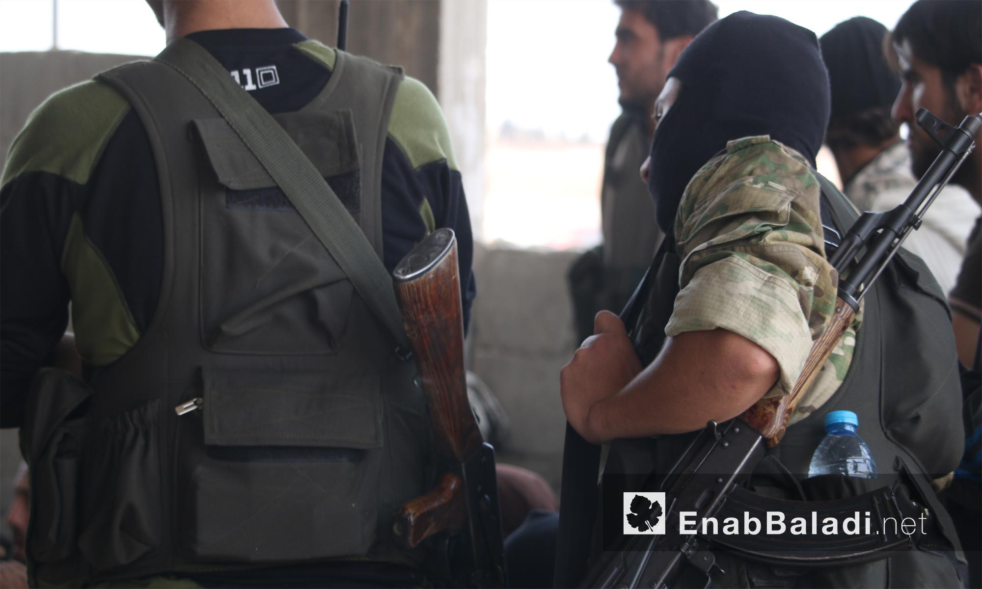 مقاتلون من جيش الفتح يجهزون لمعارك فك الحصار عن حلب- 28 تشرين الاول (عنب بلدي)