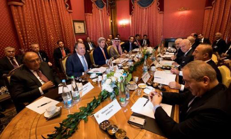 اجتماع وزراء الخارجية في مدينة لوزان السويسرية السبت 15 تشرين الأول (رويترز)