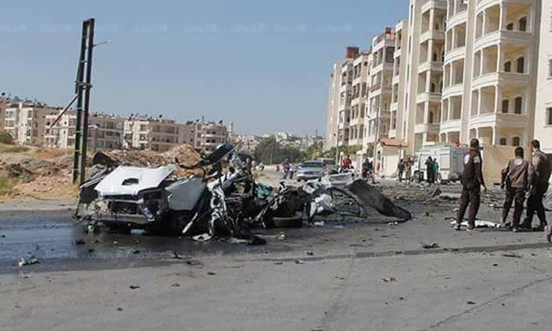 """سيارة القيادي في """"فتح الشام"""" عقب استهدافها- الاثنين 17 تشرين الأول (فيس بوك)"""
