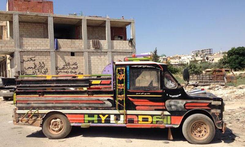 سيارة حلفاوية في جبل الزاوية بريف إدلب (إنترنت).