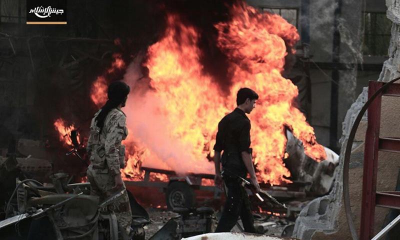 """مقاتلون في """"جيش الإسلام"""" على جبهة تل كردي في الغوطة الشرقية - 29 تشرين الأول 2016 (جيش الإسلام)"""
