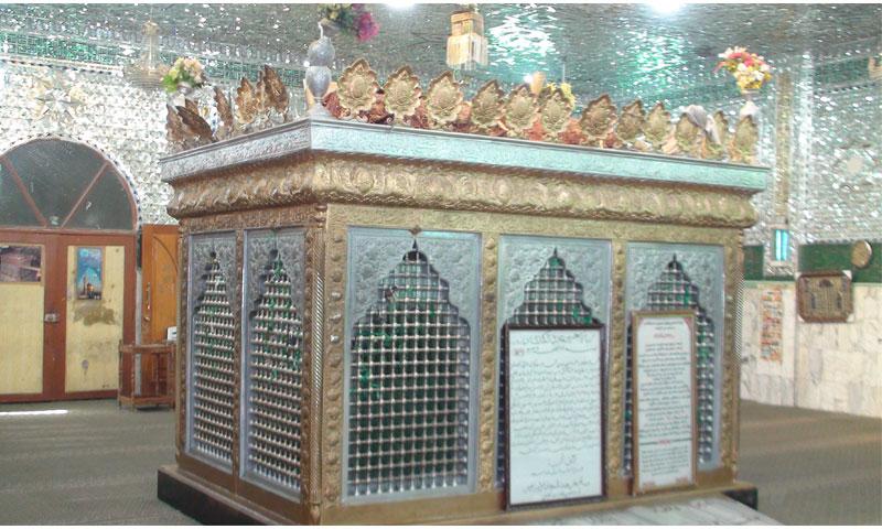 مقام حجر بن عدي في عدرا