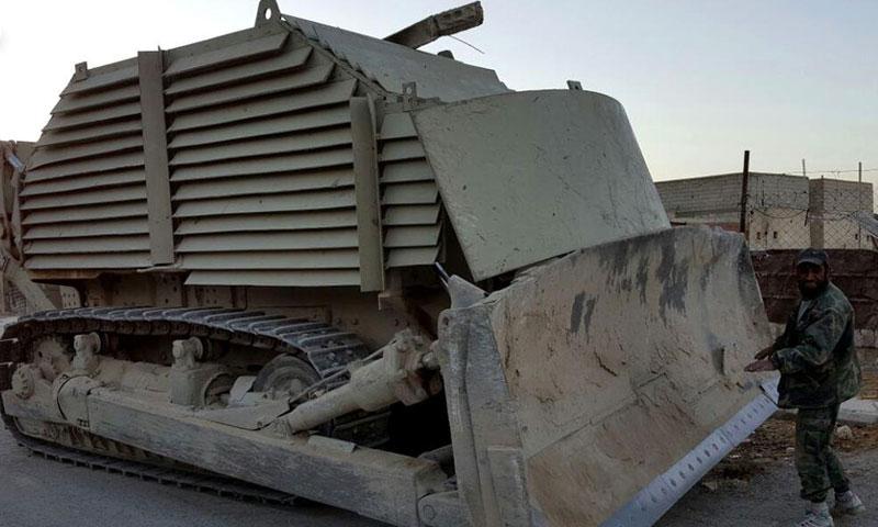 """آلية استولى عليها """"جيش الإسلام"""" على أطراف بلدة الريحان في الغوطة الشرقية- الأحد 16 تشرين الأول (جيش الإسلام)"""