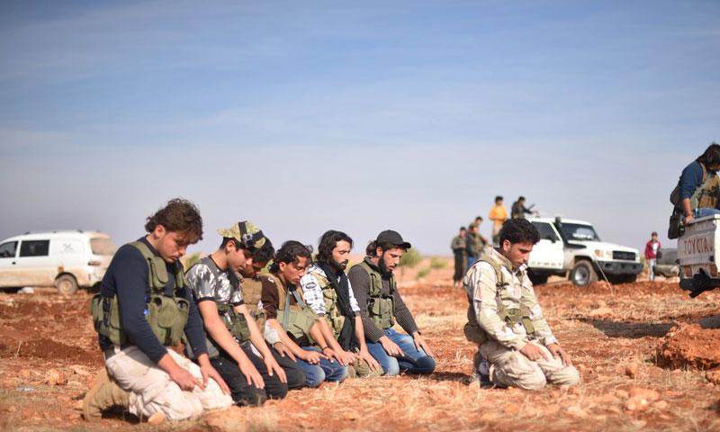 """عناصر من """"الجيش الحر"""" في ريف مدينة الباب- السبت 12 تشرين الثاني (لواء المعتصم)"""