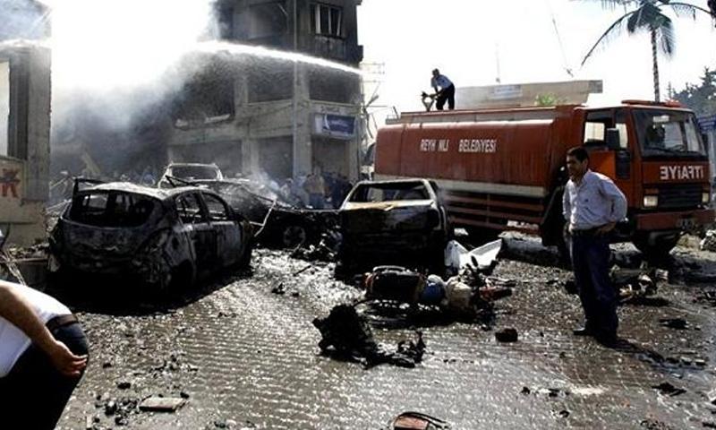 آثار الانفجار في مقر محافظة أضنة - 24 تشرين الثاني (تويتر)