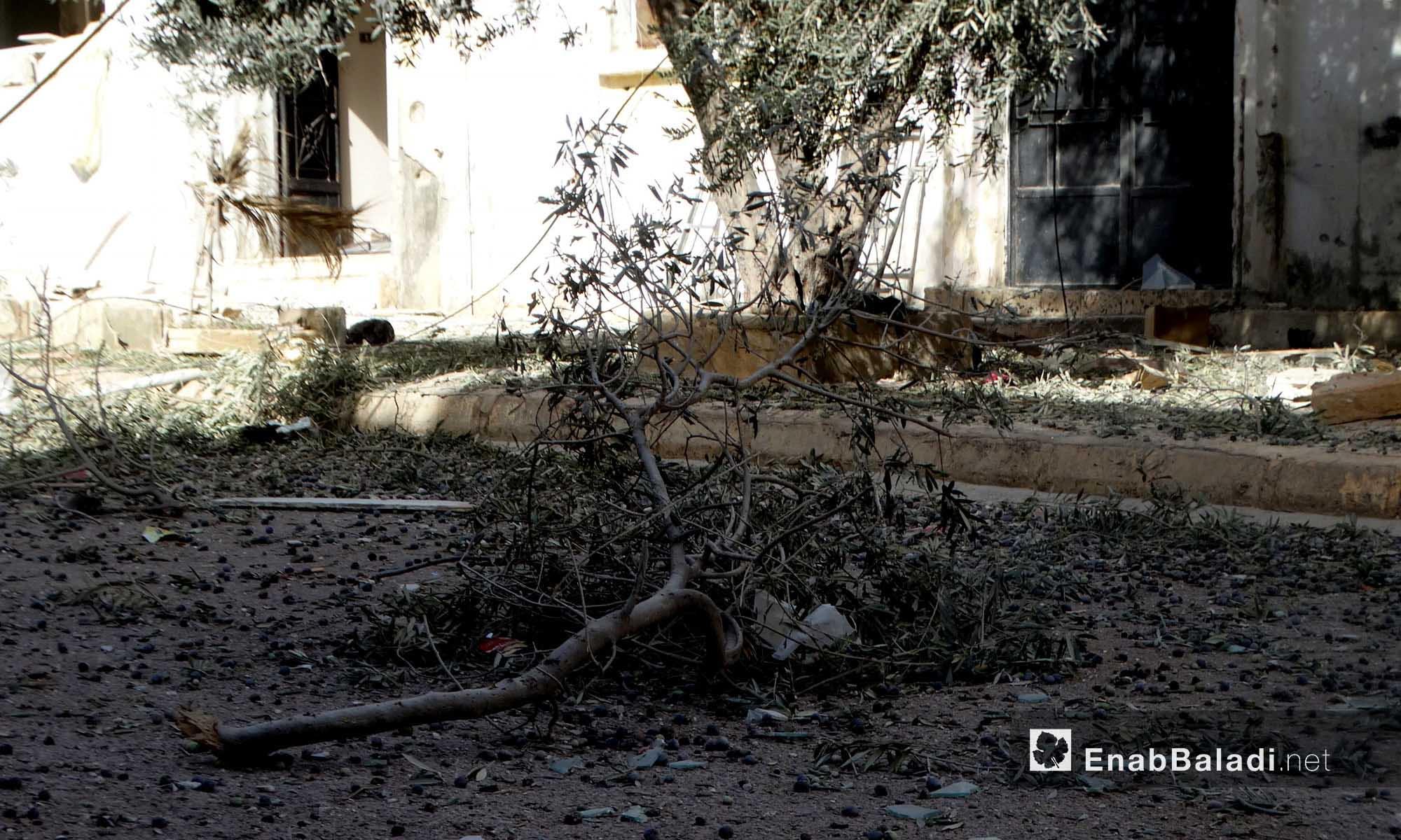 دمار في حي الوعر جراء قصفه من قبل قوات الأسد - 22 تشرين الثاني 2016 (عنب بلدي)