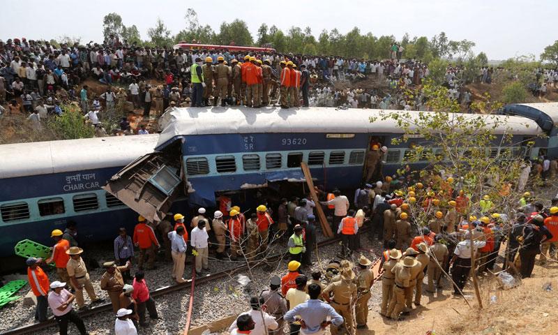 خروج قطار عن سكته شمال الهند - الأحد 20 تشرين الثاني - (انترنت)