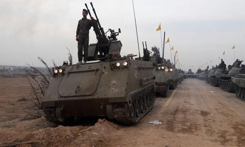 عرض عسكري لحزب الله في القصير بريف حمص (انترنت)