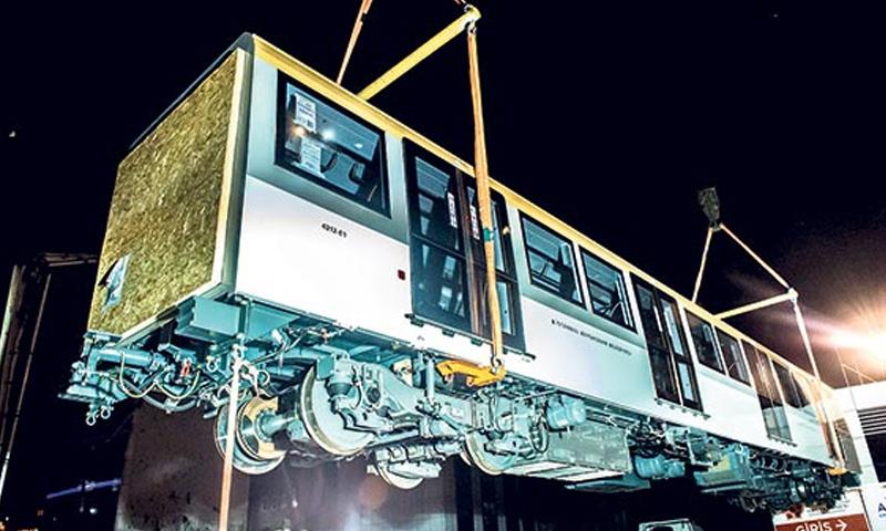 صور من تصنيع المترو بدون سائق في اسطنبول- 24 تشرين الثاني 2016 (صحيفة ميلليت التركية)
