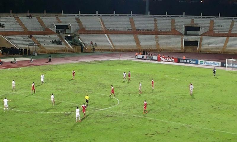 ملعب توانكو عبد الرحمن خلال مباراة المنتخب السوري والإيراني - 15 تشرين الثاني 2016 (إنترنت)