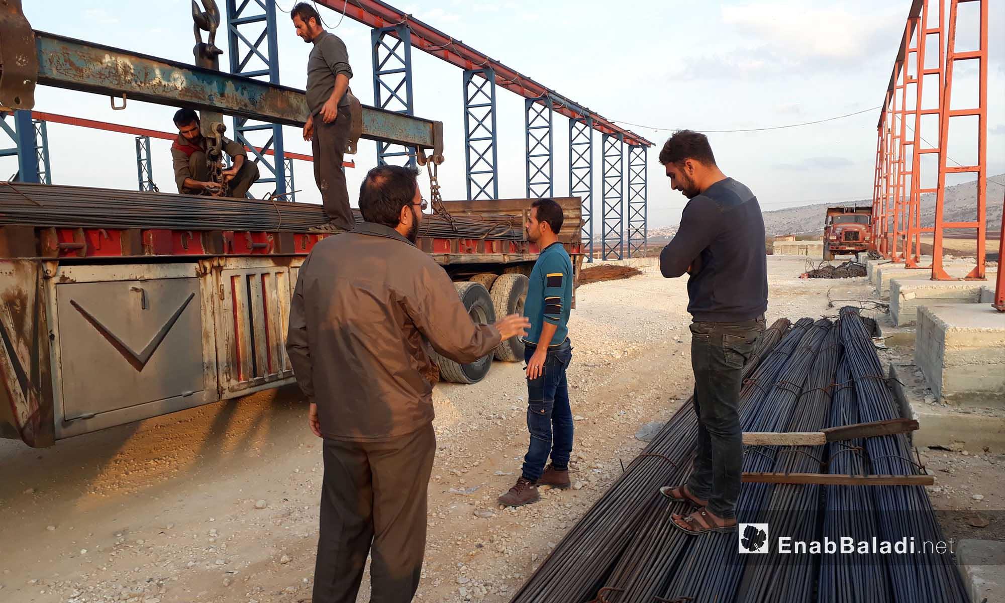 مستودعات شركة الهدى على طريق سرمدا في ريف إدلب -19تشرين الثاني 2016 (عنب بلدي)