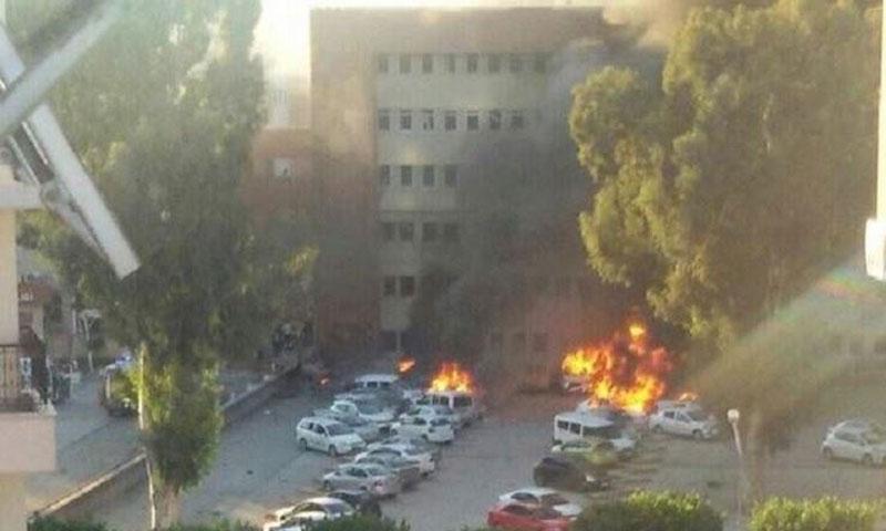 تفجير مقر محافظة أضنة - 24 تشرين الثاني - (انترنت)
