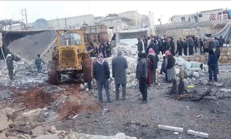 قصف مدرسة في بلدة عنجارة بريف حلب الغربي أيلول 2016_(انترنت)