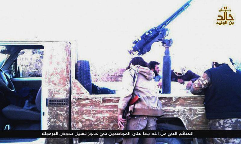 """شاحنة استولى عليها جيش """"خالد بن الوليد"""" من """"الجيش الحر"""" في ريف درعا- الجمعة 25 تشرين الثاني (تويتر)"""
