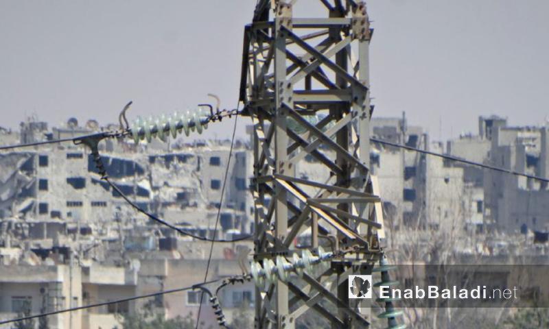 كابلات التوتر العالي في مدينة حمص (عنب بلدي)