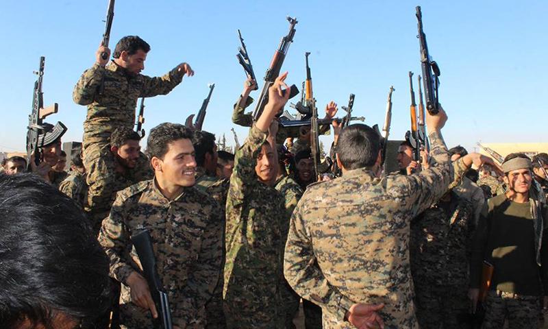 """عناصر من قوات """"سوريا الديمقراطية""""- السبت 10 كانون الأول (فيس بوك)"""